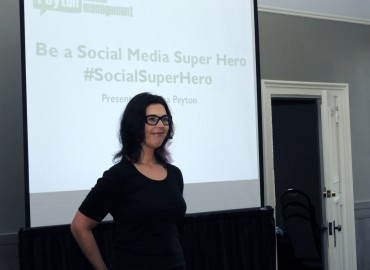 Lisa Peyton Presents 'Be a Social Media Super Hero' to Portland Female Executives